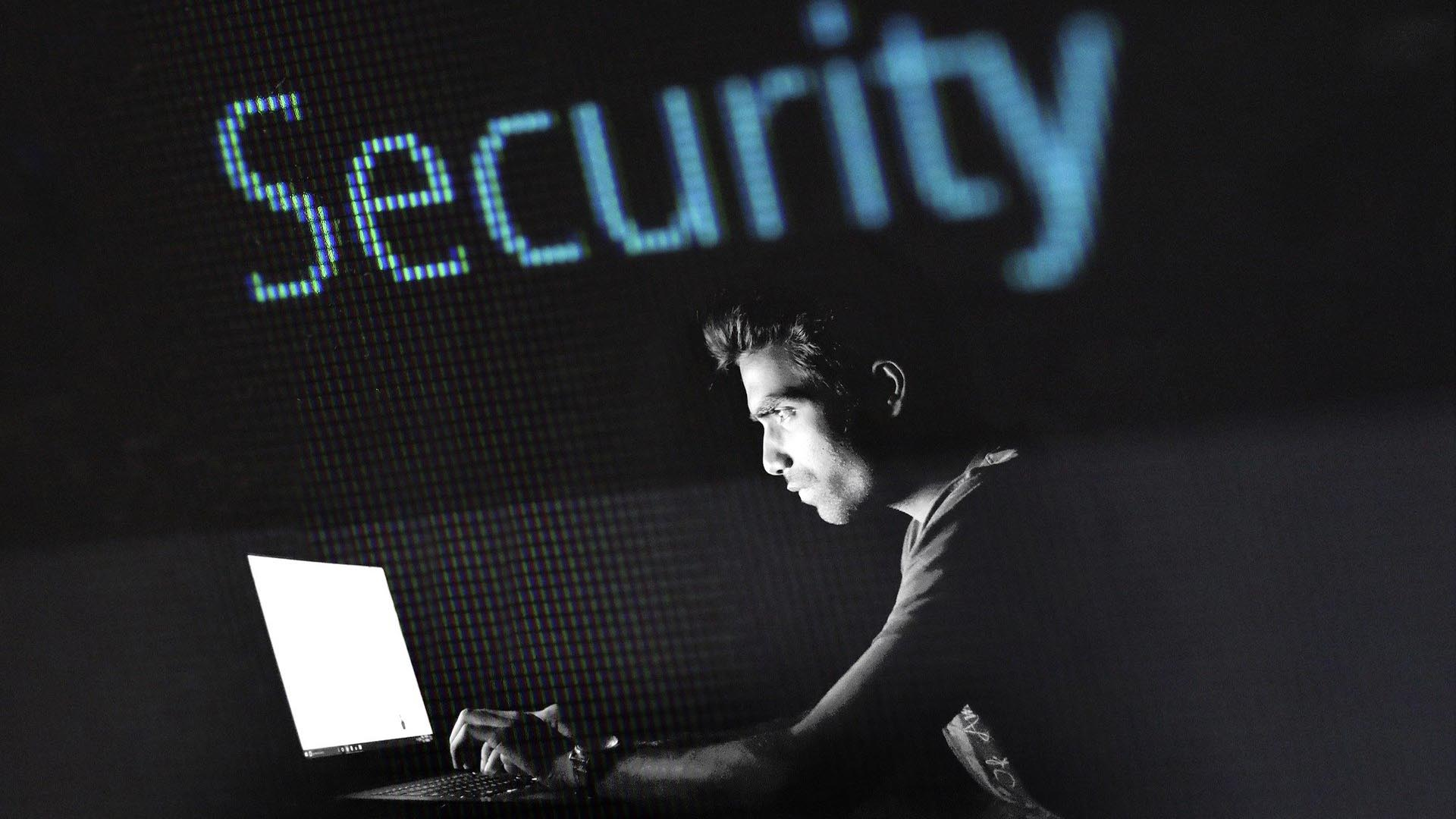 Sicurezza Informatica Dati virtuali guai reali