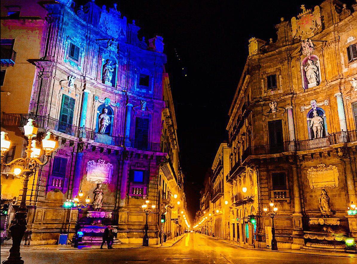 La metamorfosi notturna di Palermo-