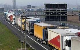 Le ragioni dei camionisti e le imprecazioni dei consumatori