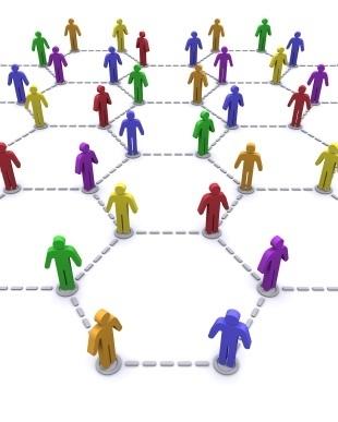 """Stop ai Social Network nelle ore di lavoro : il sistema """"Anti Fannulloni"""" si abbatte su Internet"""