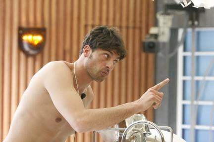 Grande Fratello – Paolo nudo davanti le telecamere : espulso dal Reality