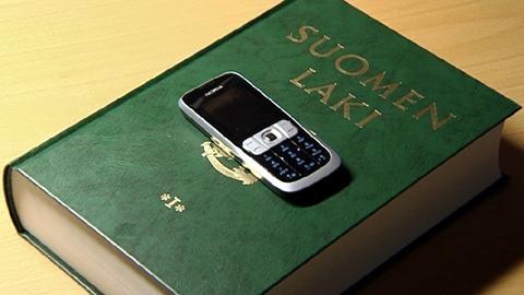 """""""Lex Nokia"""" : e mail dei dipendenti controllabili . E' polemica in Finlandia"""